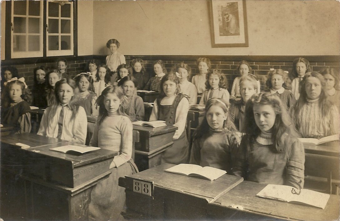 [Dorothy Brooks, Central Girls School, with pupils]